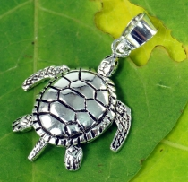 Silver pendant movable turtle - Model 2