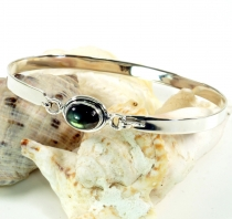 Boho silver bangle with semi-precious stone - Labradorite