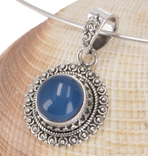 Indian round silver pendant - Calcedon